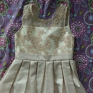 Little girl formal dress size 4